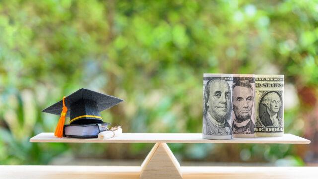 USCPA(米国公認会計士)試験の合格までの総費用